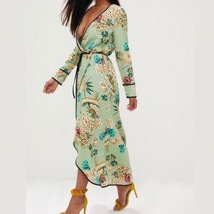 Pretty Little Thing Kimono Wrap Dress